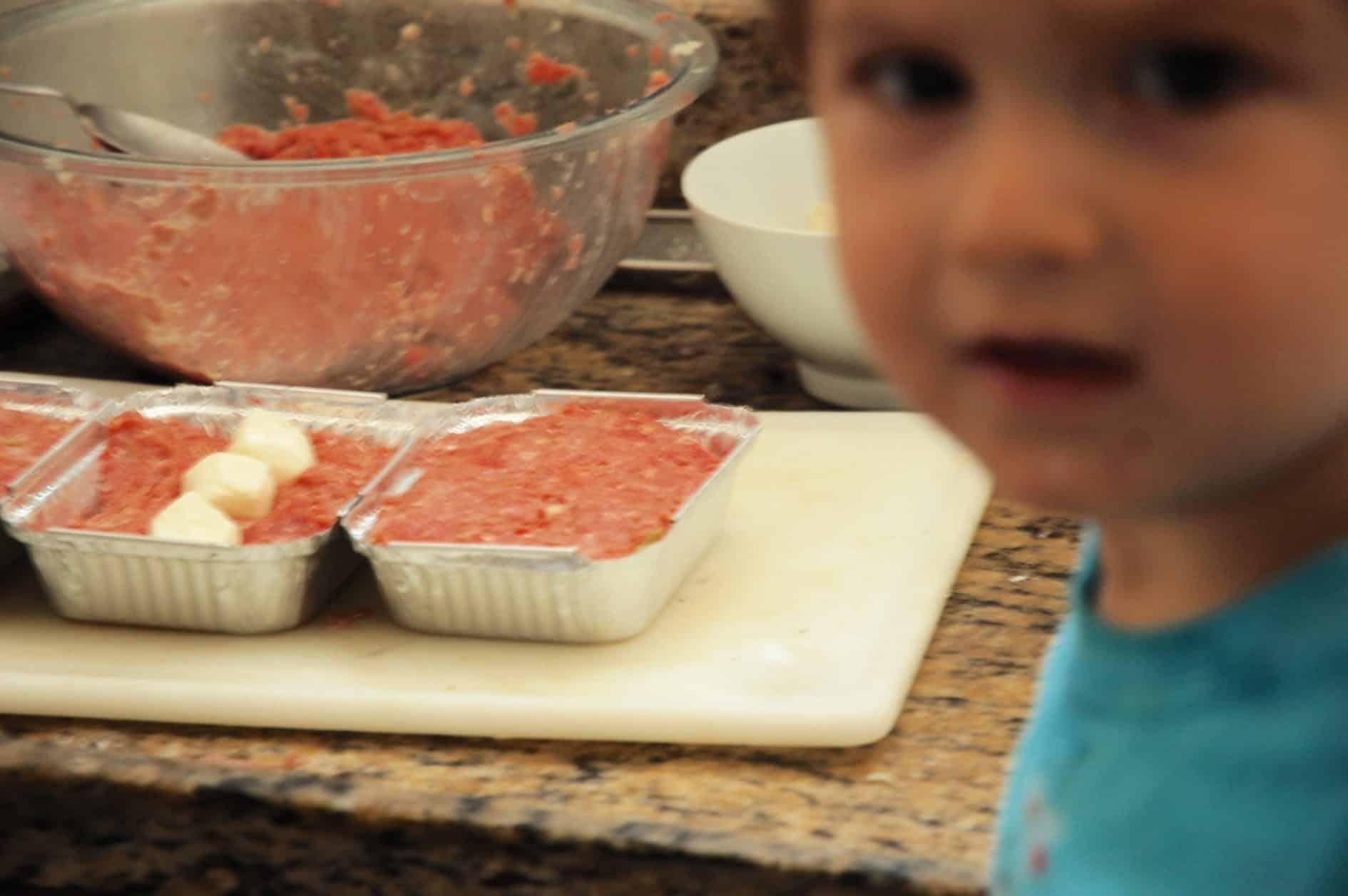 auxiliar de cozinha predileto - preparando as refeições da semana