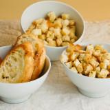 Croutons feito em casa para saladas