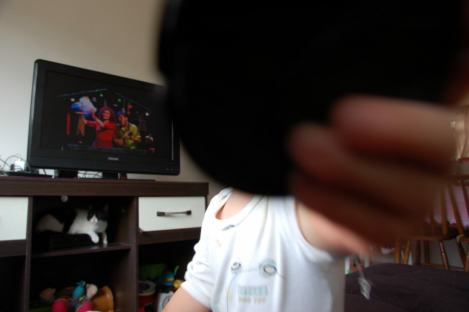 como substituimos a tv convencional por youtube