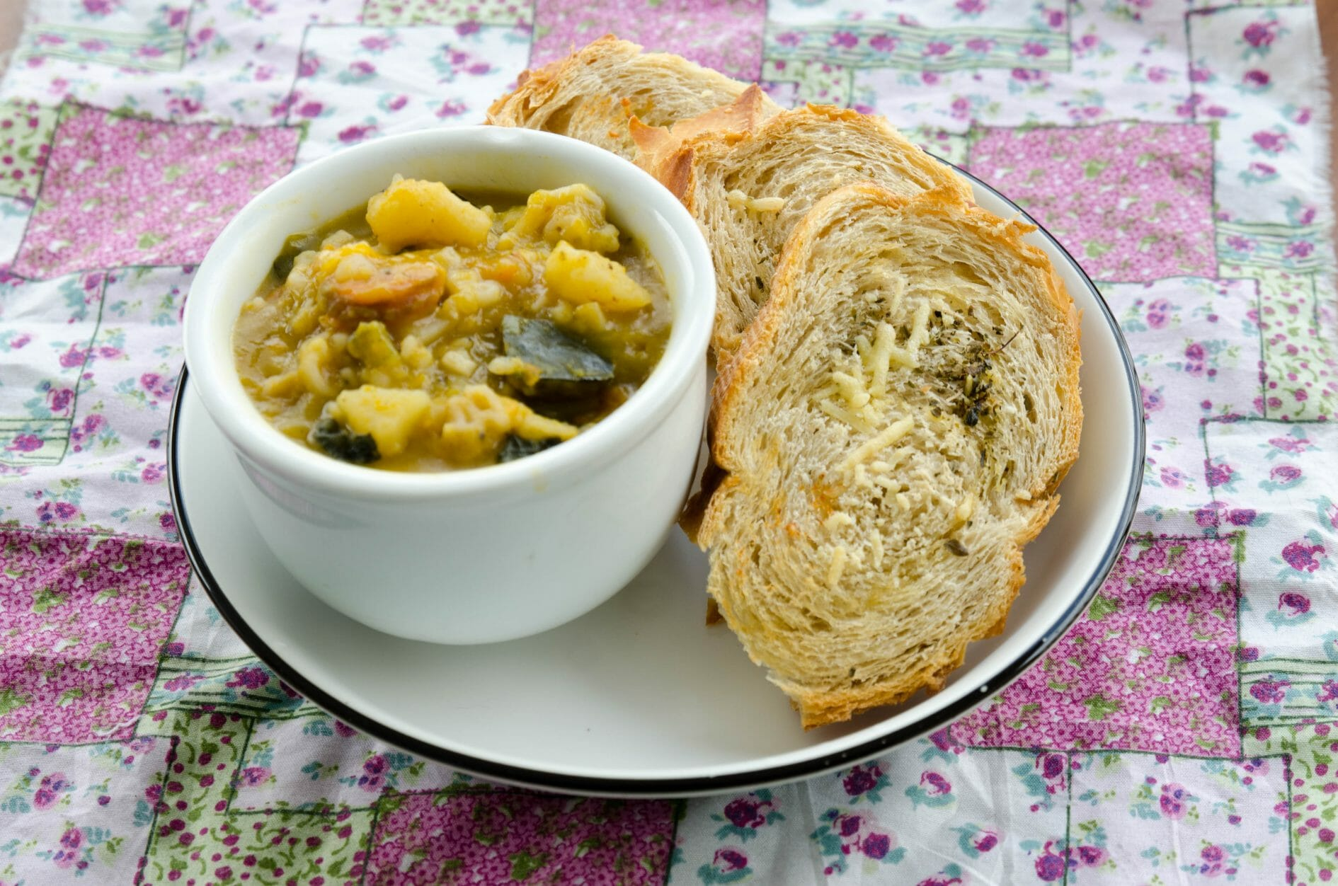 receita pão para acompanhamento de sopas