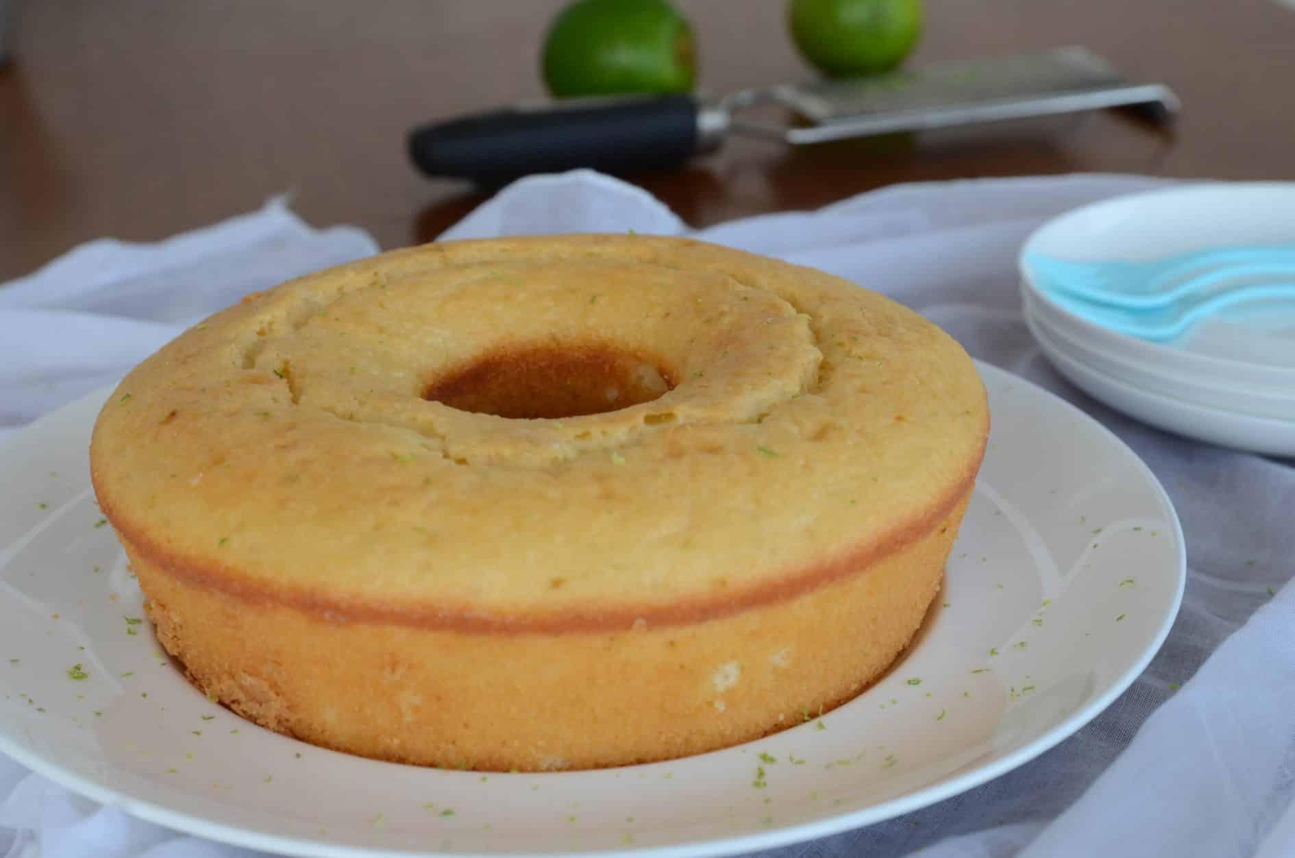bolo fofinho de limão