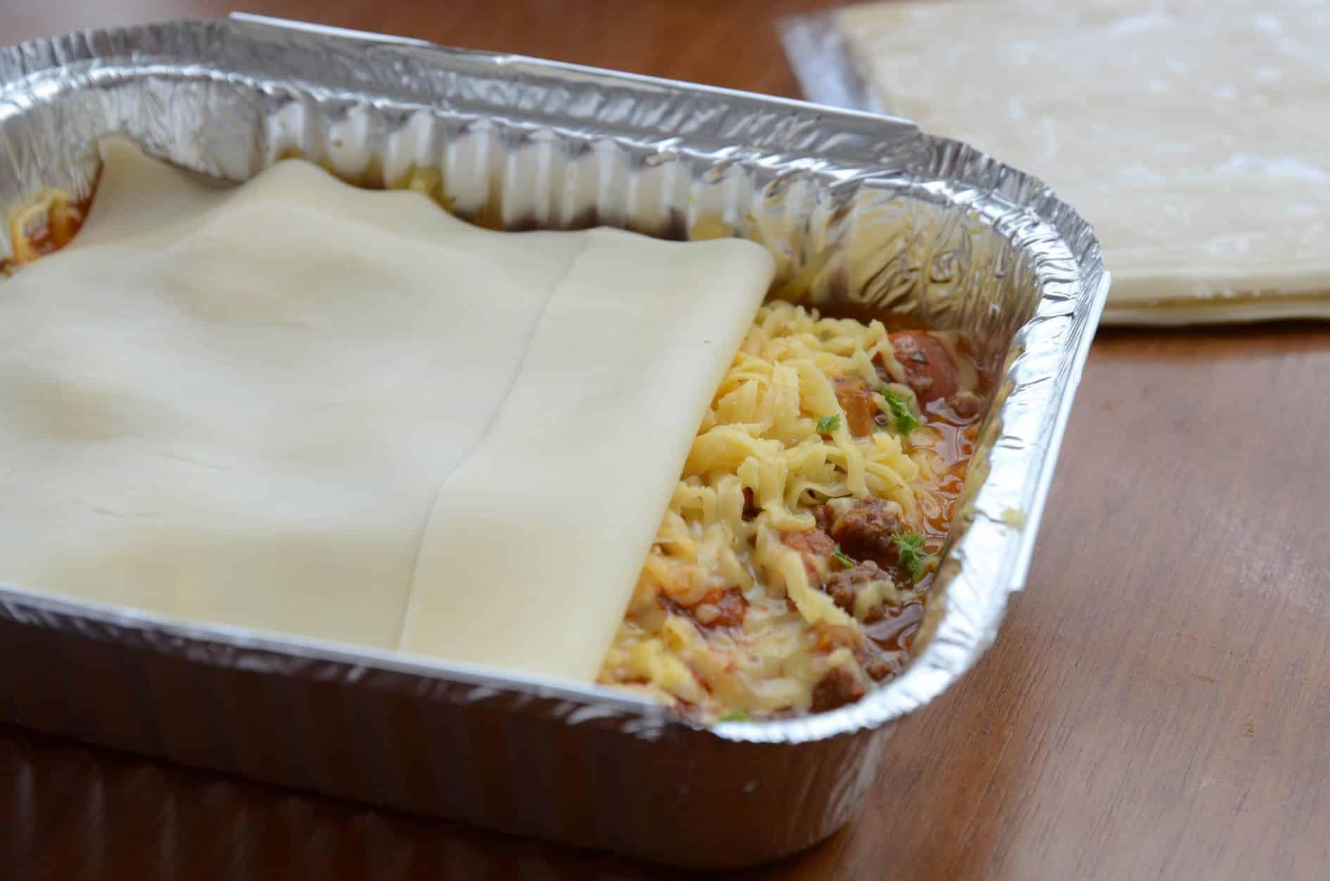 Lasanha com massa de pastel – Refeições congeladas