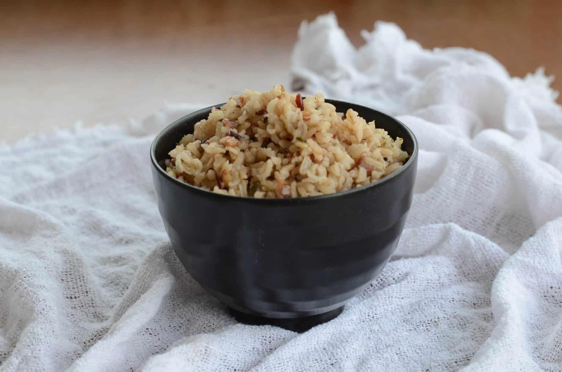 como fazer arroz integral congelado e refogado na panela de arroz elétrica