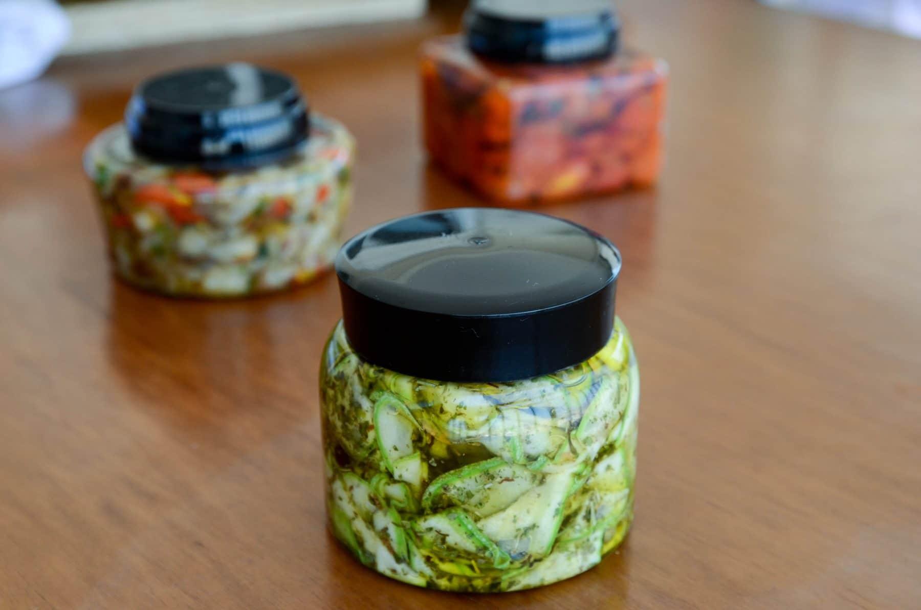 conserva de abobrinha no azeite com ervas