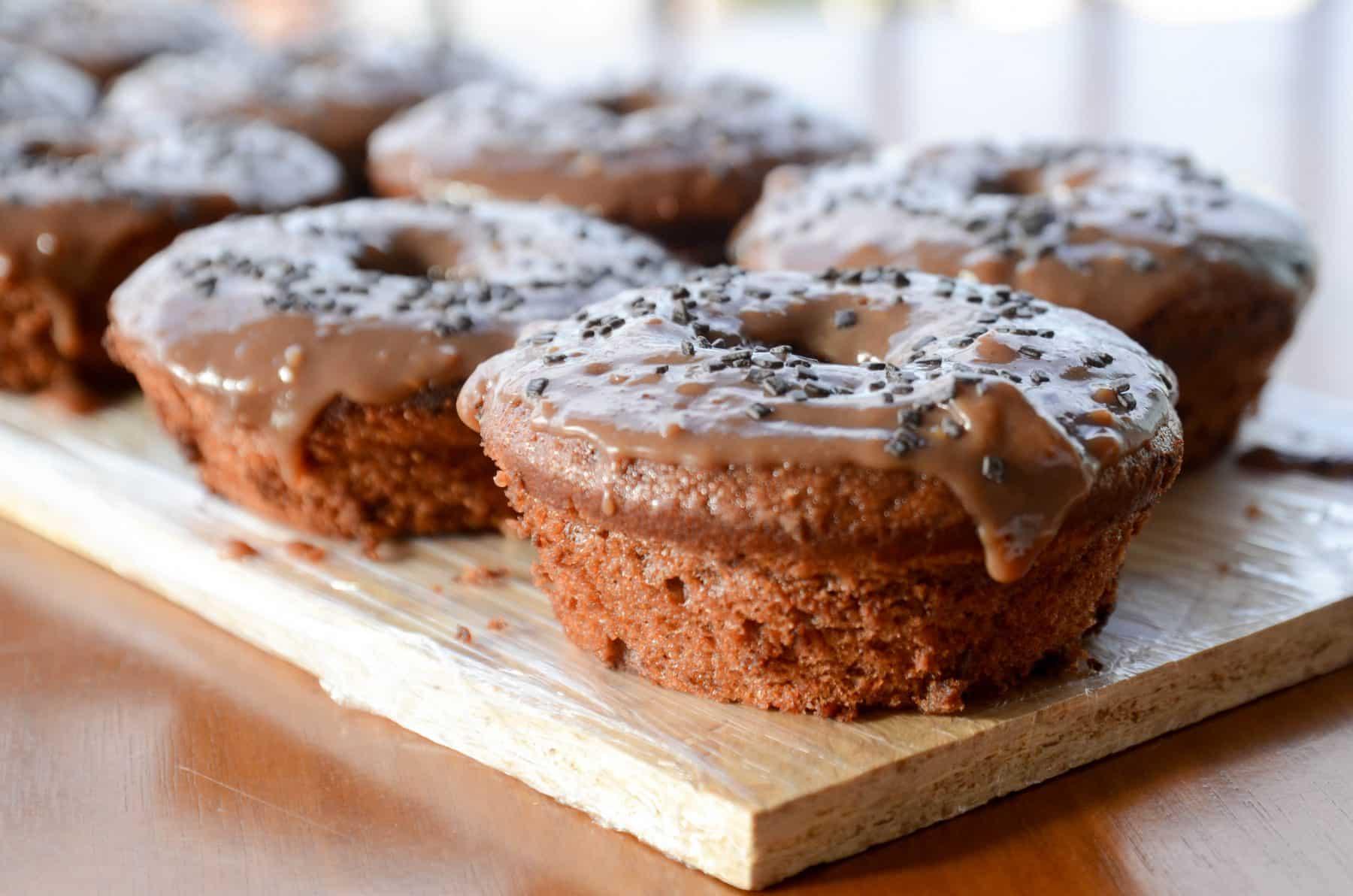 Receita de Bolo de Chocolate com cobertura de brigadeiro mole