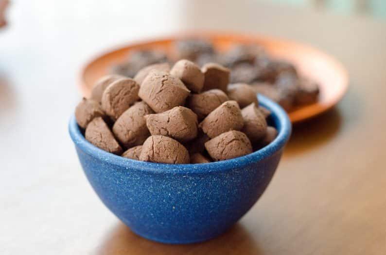 Biscoito de maizena e chocolate fácil