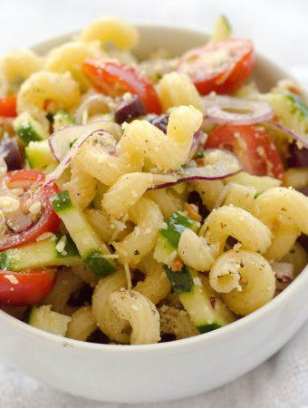 Receita de Salada de macarrão mediterrânea