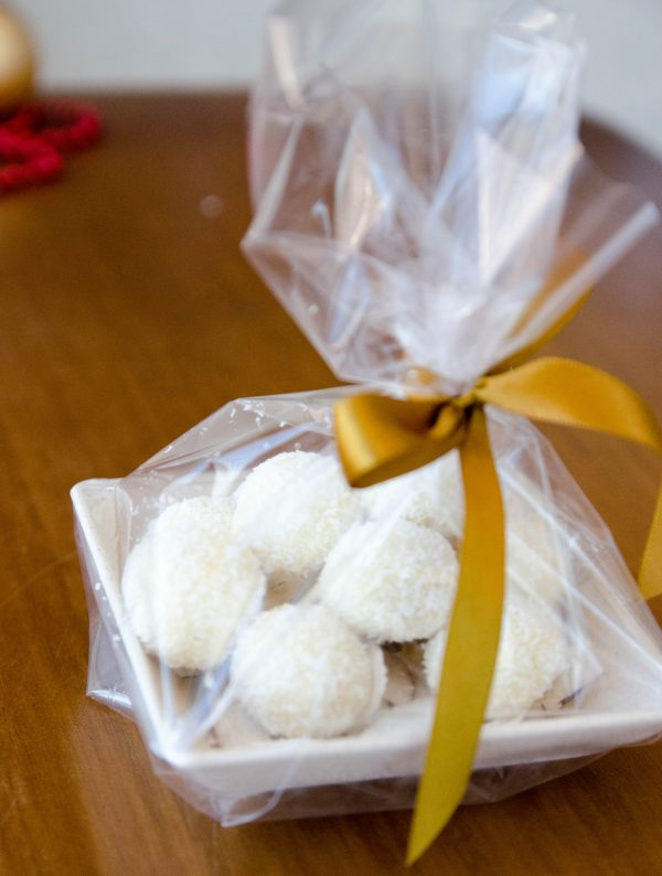 receita de trufa de chocolate branco com coco - presente feito em casa