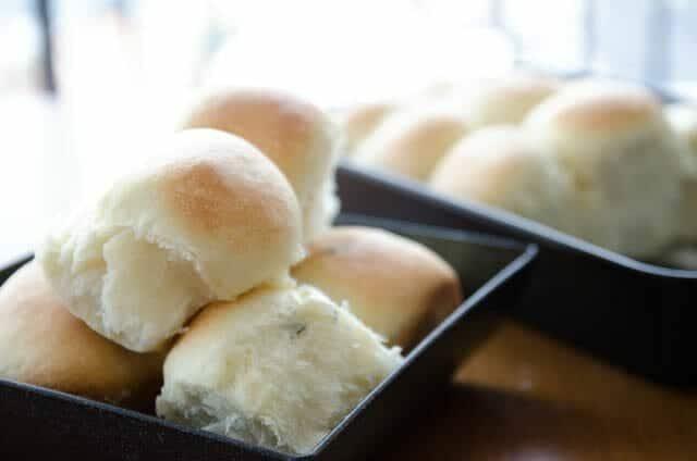 Pão de cebola fofinho e fácil de fazer