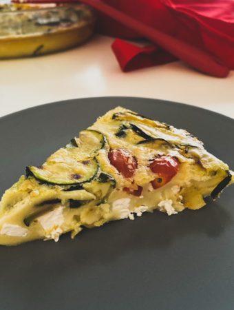 Torta de abobrinha tomate e queijo
