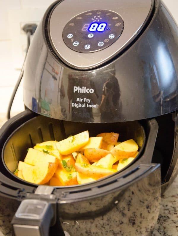 como fazer batata sequinha na fritadeira sem óleo