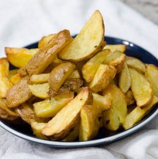 Batata frita crocante e sequinha na airfryer (fritadeira sem óleo)