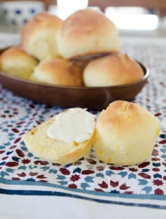 Receita caseira e muito fácil de pão de mandioquinha! Pão fofinho, caseiro e super vitaminado