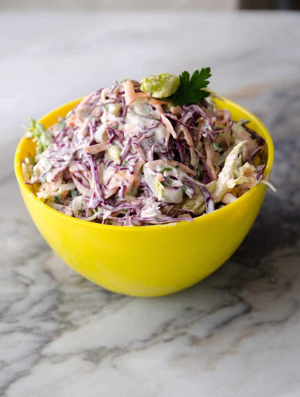 receita de coleslaw - salada de repolho com molho de maionese