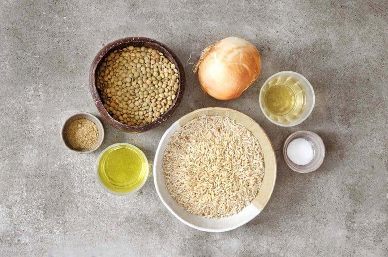 ingredientes para fazer arroz com lentilha