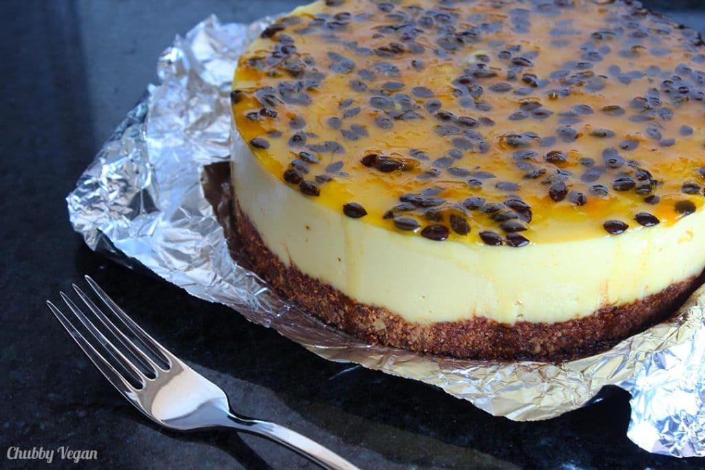 torta vegana de maracujá e chocolate branco