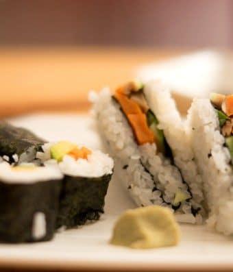 como fazer sushi vegano em casa