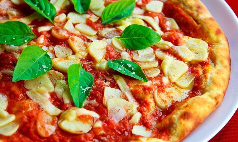 vai bem com pizza também