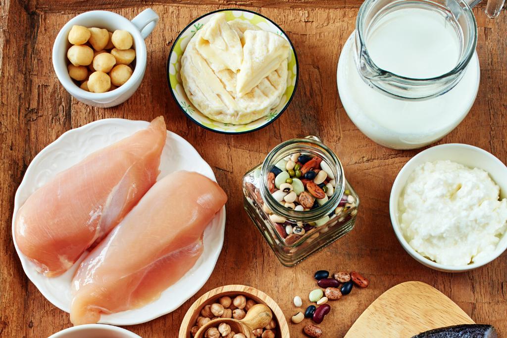 alimentos que ajudam seu metabolismo a funcionar melhor, proteína