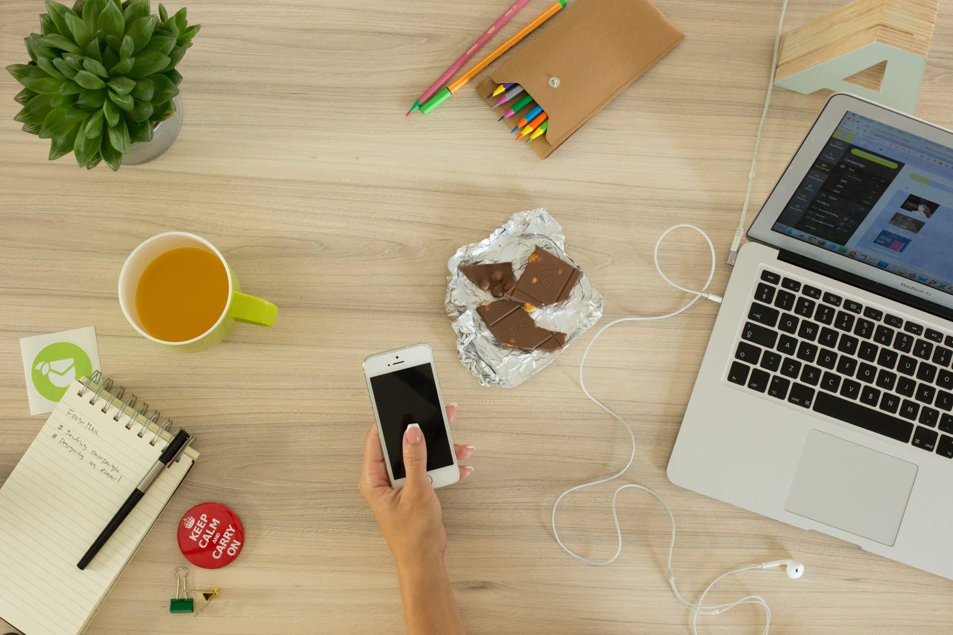comer saudável enquanto trabalha em casa