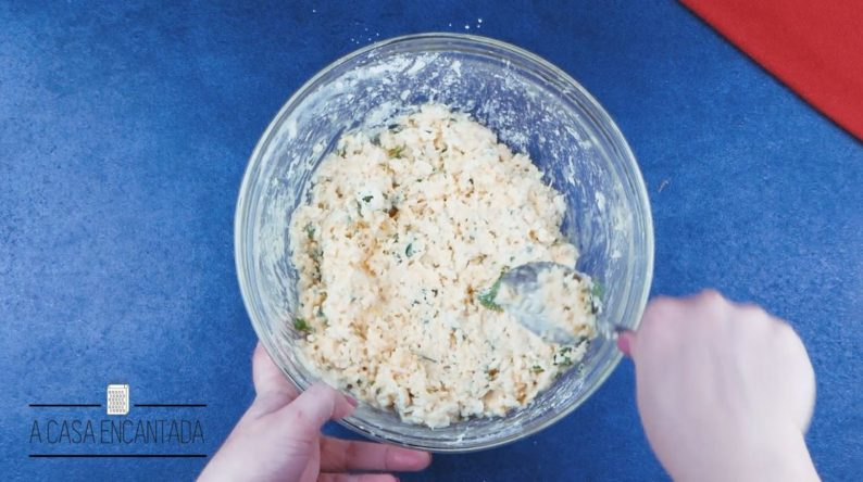 bolinho-de-arroz-na-airfryer-passo-2