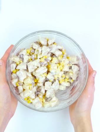 Salada especial com frango e abacaxi