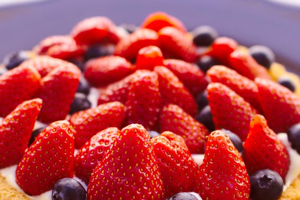 Pavê de panetone com frutas vermelhas