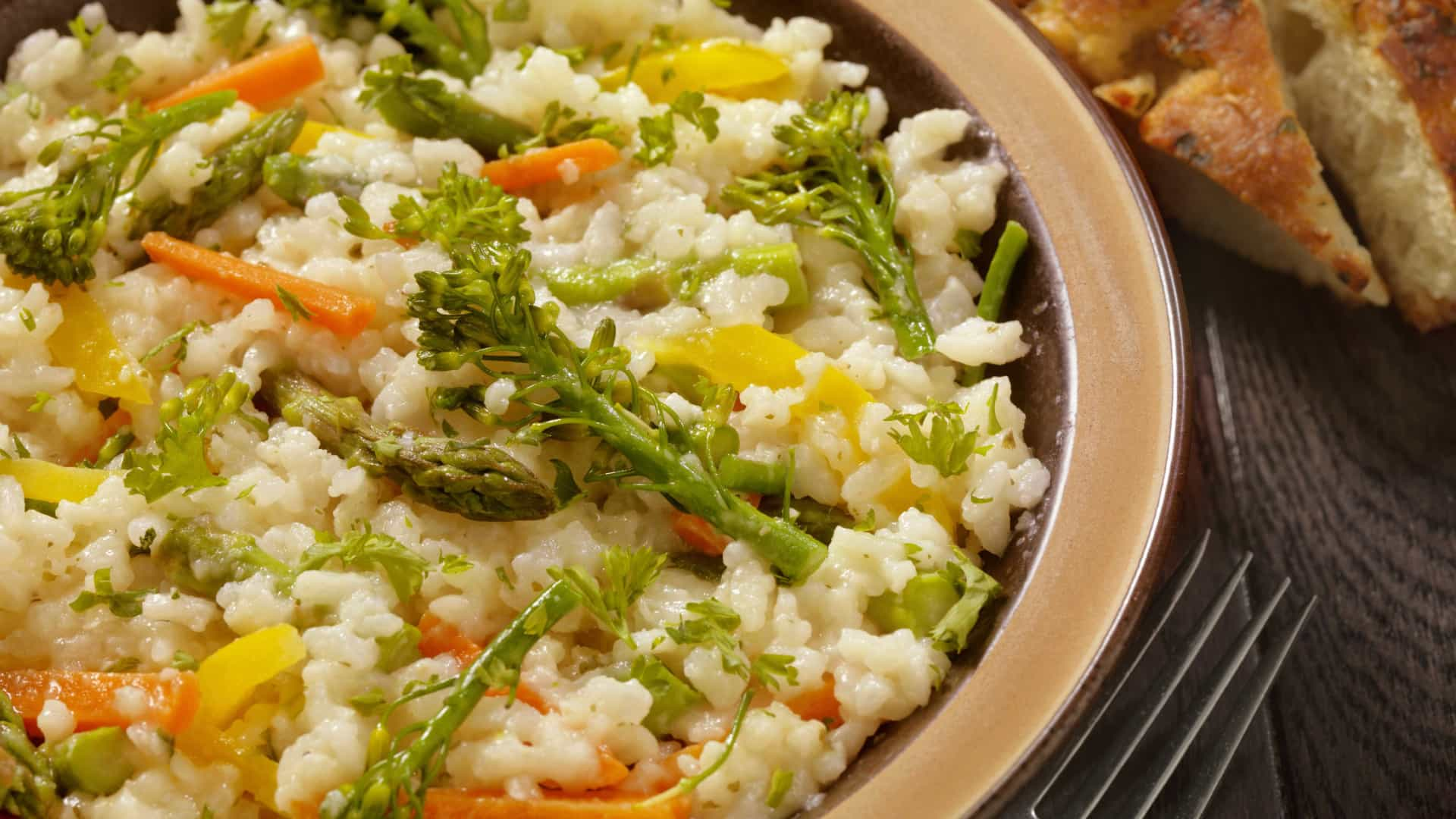 almoço vegano com risoto é tudo de bom